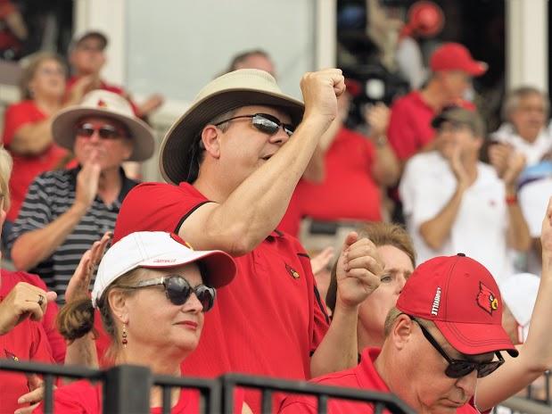Ohio State UofL fans