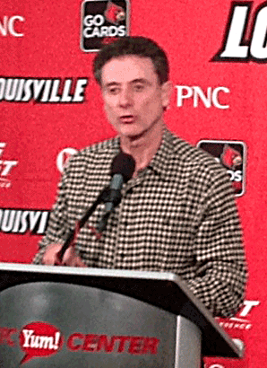 Pitino-brown-shirt