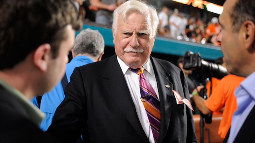 Schnellenberger sorry he left UofL, doubles down on prophesy