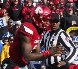 Another rocky day for Lamar Jackson in the season finale (Cindy Rice Shelton photo).