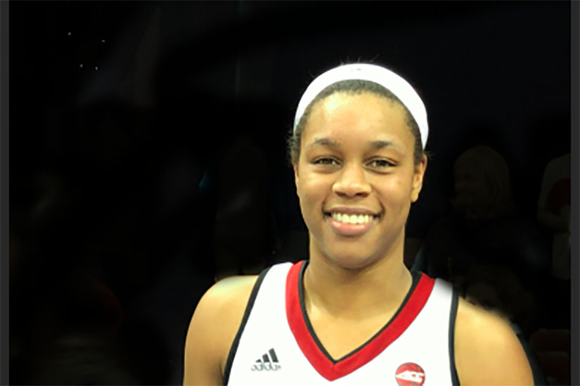 Asia Durr erupts for 34 points in one half for Louisville women