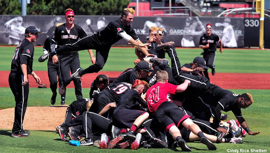 Louisville tops Kentucky 5-2 in NCAA super regional opener
