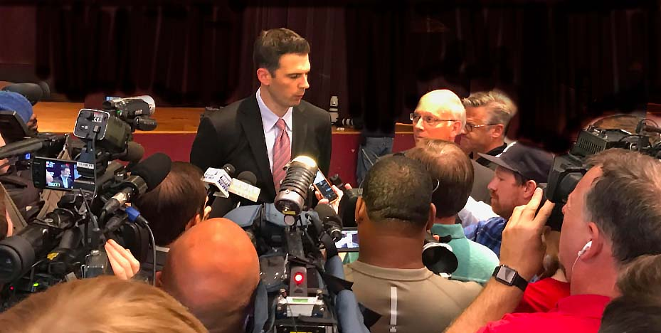 Padgett returns confidence, optimism to Louisville basketball