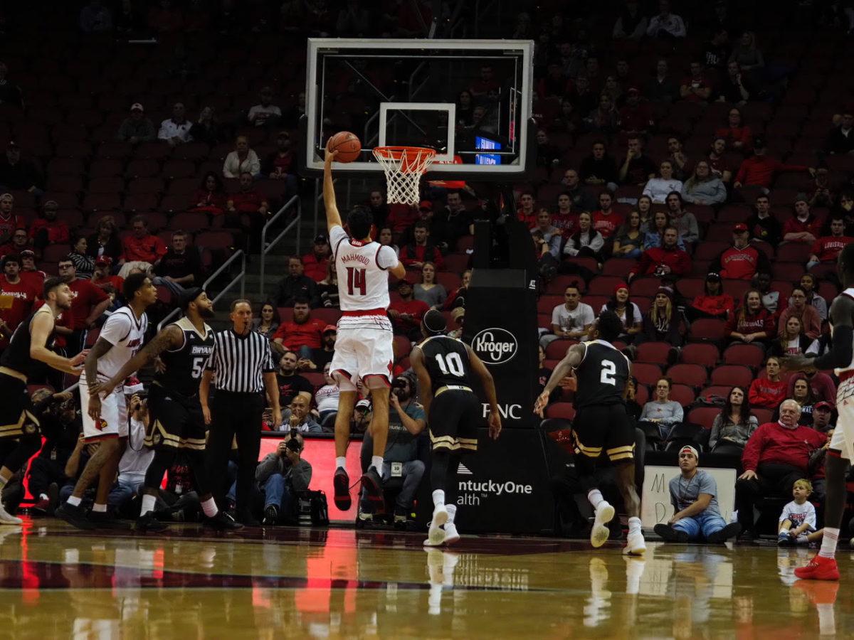 Fun for Mahmoud, Spalding, Louisville breezes past Bryant