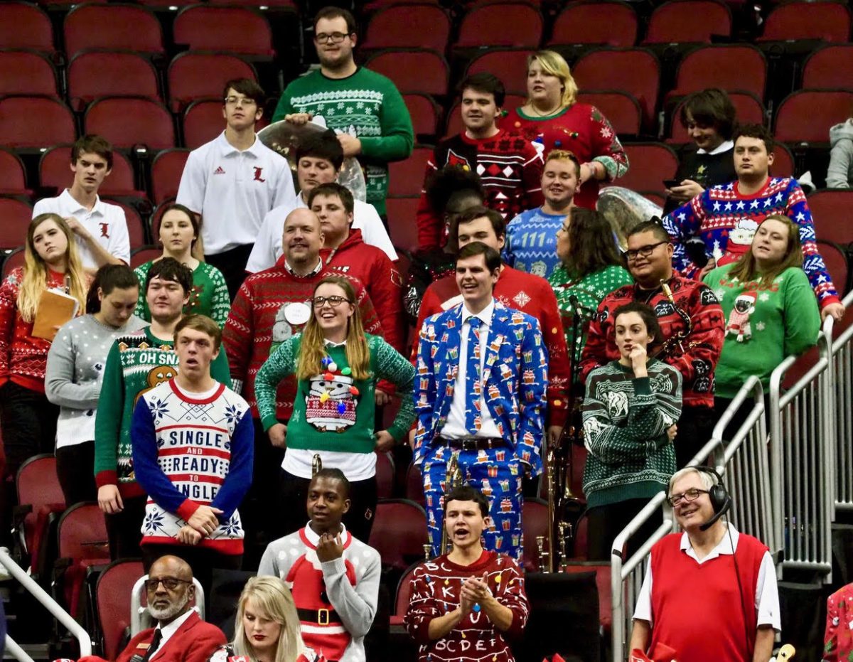 Ugly Sweater Night lights up Louisville women's basketball